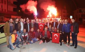 Rumeli Derneği, askerini Türk Bayrakları ile yolladı