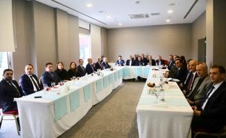 """Vali İrfan Balkanlıoğlu """"2017 Yılı Değerlendirme Toplantısı""""na Başkanlık Etti"""