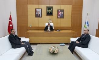 Büyükşehir'den İlahiyat Fakültesi'ne seminer salonu