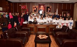 Karasu'da Karate' ye Yoğun İlgi Devam Ediyor
