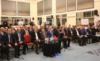 Vali İrfan Balkanlıoğlu, 11. Kalkınma Planı Hazırlık Toplantısına Katıldı