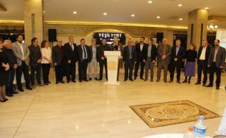 Sakarya Trabzonlular Derneği doktorları ağırladı
