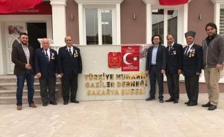 Trabzonlular Derneği'nden anlamlı günde anlamlı ziyaret