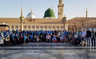 Umrecilerden Regaib Kandil'inde selam gönderdi