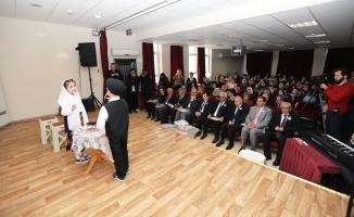 Vali Balkanlıoğlu 54 Kütüphaneler Haftası Açılış Programına Katıldı
