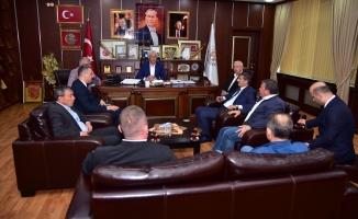 AK Parti Sakarya Milletvekili Aday Adayı Çelik, Başkan İspiroğlu' nu Ziyaret Etti