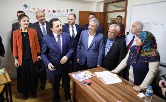 Vali Balkanlıoğlu Farklı Program ve Etkinliklere Katıldı