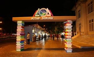 Haftasonu etkinlikleri Kitap Sokağı'nda