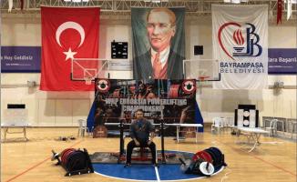 Powerlifting sporunda Avrupa'nın altın çocuğu