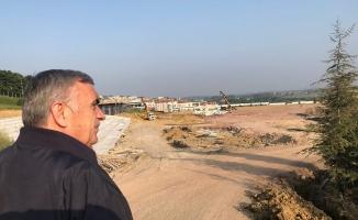 Toçoğlu müjdeledi: Yenikent'e havuz yapılacak