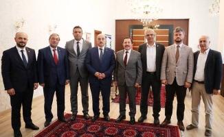 Vali Balkanlıoğlu Seçim Öncesi İl Başkanları ile Bir Araya Geldi
