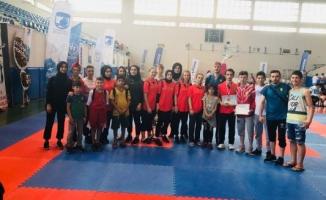 Kobaş Karate Takımı;Çanakkale'den büyük başarılarla döndü