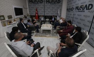 MÜSİAD Sakarya'da Dünya ve Türkiye Ekonomisi konuşuldu