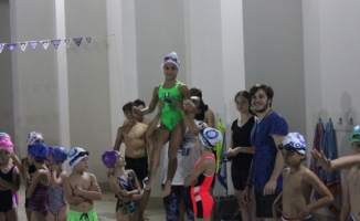Kobaş Yüzme'nin terfi sınavında 120 sporcu ter döktü