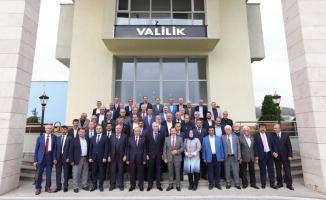 """Vali Balkanlıoğlu, """"İllerde Vali Ne İse, Köylerde Muhtarlar Öyle Görülüyor"""