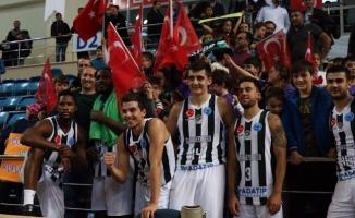 Büyükşehir Avrupa Kupası'nda farklı kazandı