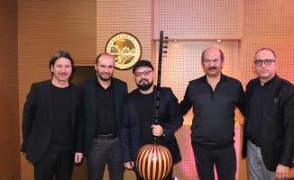 Ziya Taşkent'te Türk müziği esintisi