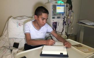 Diyaliz Hastası Üniversite Öğrencisinin Kitap Yazma Azmi