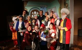 Nasreddin Hoca turnesi Geyve'de son buldu
