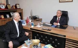 Sakarya Valisi Ahmet Hamdi Nayir TRT HABER Temsilciliği Ziyaret Etti