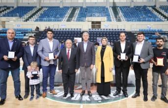 Vali Nayir Edurotech Robot Yarışması Ödül Törenine Katıldı