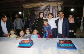 Hem İftar verdi, hem oğlunun doğum gününü kutladı
