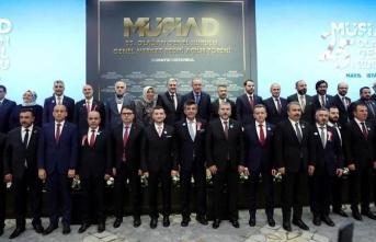 MÜSİAD Sakarya'ya bir ödülde 25.Olağan Genel Kurulda verildi