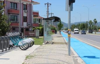 Bisiklet yolları standarta uygun hale getiriliyor