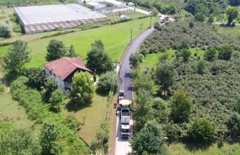 Akyazı ve Karapürçek'te asfalt yenileme çalışmaları başladı