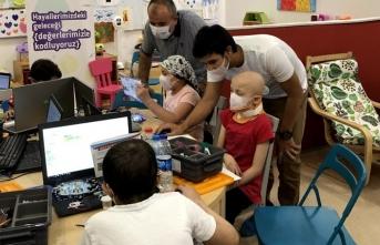 Kanser tedavisi gören çocuklara