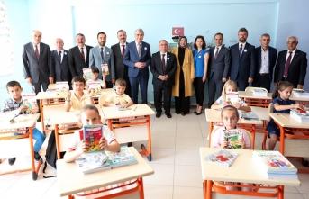 Güçlü Türkiye'nin tohumları okullarda atılacak