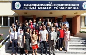 SUBÜ'de ilk dersler sektörle birlikte verildi