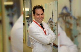 Endoskopik Meme Cerrahisi His Kaybını Azaltıp Hızlı İyileşme Sağlıyor