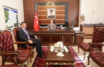 Genel Sekreter AK'tan vali NAYIR'a ziyaret