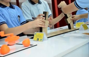 Matematik Müzesi Gezici TIR'ı Sakaryalı çocuklarla buluşuyor