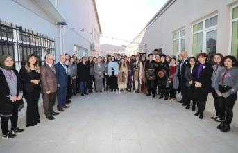 Vali Nayir Yerli Malı Haftası Sergisi ve Eğitim Müzesini Gezdi