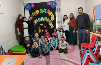 Akyazı'daki Ana Sınıflarında Saç Bakımı ve Bölüm Tanıtımı Yapıldı