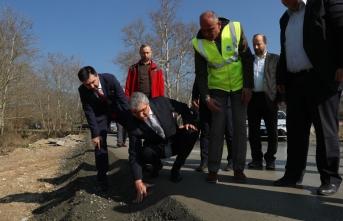 Pamukova Karapınar'da beton yol çalışmaları başladı.