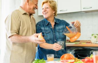 Sabri Ülker Vakfı'ndan yaşlılıkta doğru beslenme ile güçlü bağışıklık sistemi için ipuçları