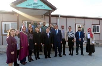 Vali Nayir Ölçme Değerlendirme Merkezini Ziyaret Etti