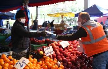 İlçelerde ücretsiz maske dağıtımı devam ediyor