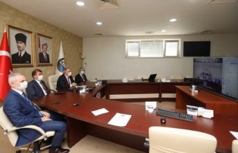 Vali Nayir Kaymakamlara Videokonferans Sistemiyle Seslendi