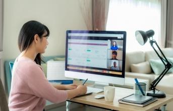 Video konferans yaparken kameranızıyetkisiz erişimlere karşı koruyun!