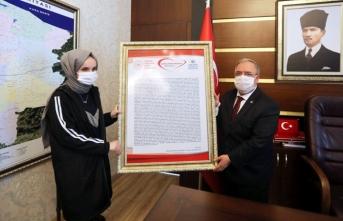 Vali Nayir Mektup Kampanyası Türkiye Birincisini Kabul Etti