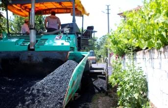 Büyükşehir asfalt ekipleri Ferizli'de