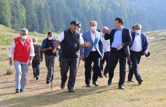 Vali Çetin Oktay Kaldırım Pamukova'da