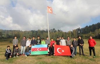 Sakarya'lı Gençler Azerbaycan'ın Yanında!