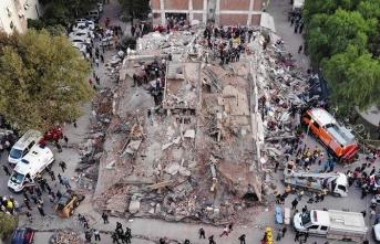 """""""Sakarya'da deprem oldu"""" alt yazısını beklemeyelim"""