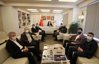 MÜSİAD Sakarya AK Parti ve MHP'yi Ziyaret Etti