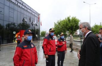 Başkan Yüce, yapımı tamamlanan Hendek İtfaiye Hizmet Binası'nı ziyaret etti